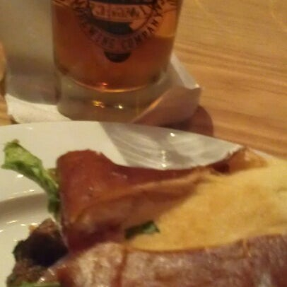 Das Foto wurde bei Exile Brewing Co. von Tim D. am 10/28/2012 aufgenommen