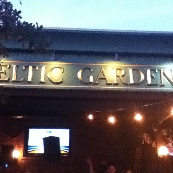 Foto tirada no(a) Celtic Gardens por Elias N. em 9/16/2013