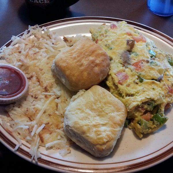 Foto tirada no(a) Our Place Restaurant por David S. em 2/12/2013