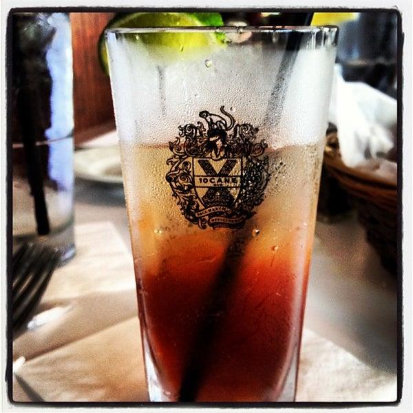 Photo prise au Bimini Boatyard Bar & Grill par Trisha C. le5/31/2013