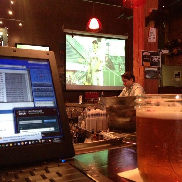 Photo prise au Pete's Tavern par Phillip K. le6/12/2013