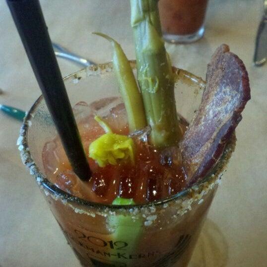 1/22/2012 tarihinde Kyle K.ziyaretçi tarafından EastBurn'de çekilen fotoğraf