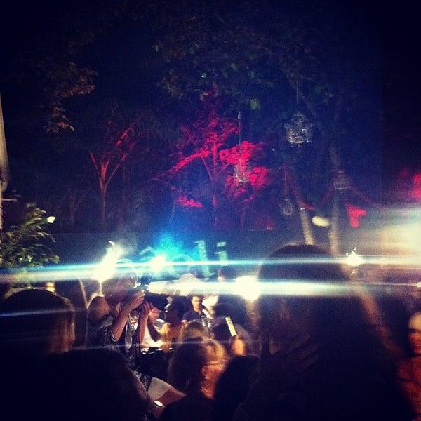 5/10/2013에 Gleb L.님이 Bâoli Miami에서 찍은 사진