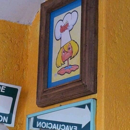 Das Foto wurde bei Tortas El Capricho von Rodrigo S. am 10/20/2012 aufgenommen