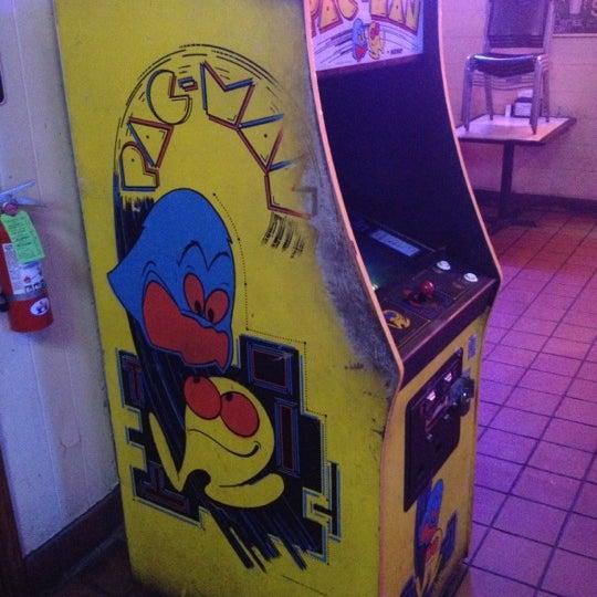 Foto scattata a Dirty Martin's Place da Andrew S. il 11/15/2012