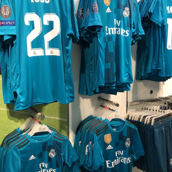 239044f7f Photo taken at Real Madrid Official Store by Mubarak  . on 10 28