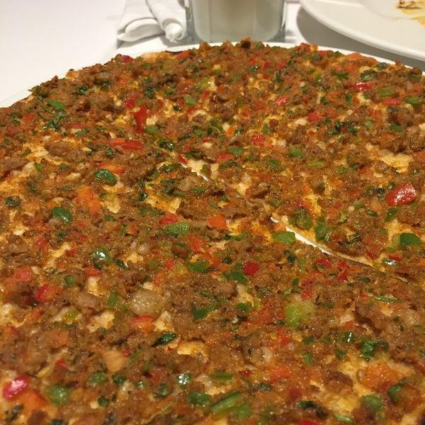 1/12/2019 tarihinde Erhan M.ziyaretçi tarafından Seraf Restaurant'de çekilen fotoğraf