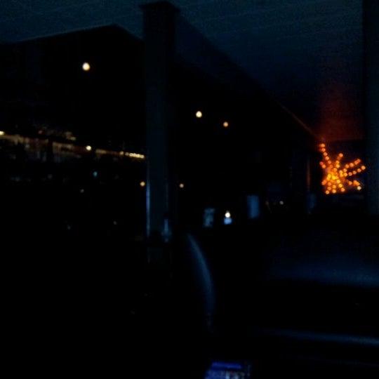 รูปภาพถ่ายที่ Marfreless โดย Jason O. เมื่อ 10/12/2012