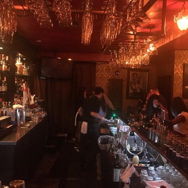 Foto tomada en Seventy7 Lounge por Ulrich el 6/19/2017