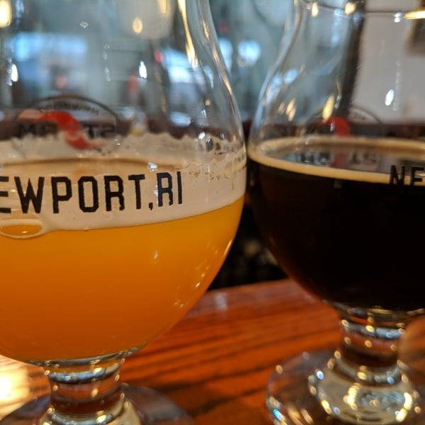 Das Foto wurde bei Newport Storm Brewery von Chris O. am 4/1/2019 aufgenommen