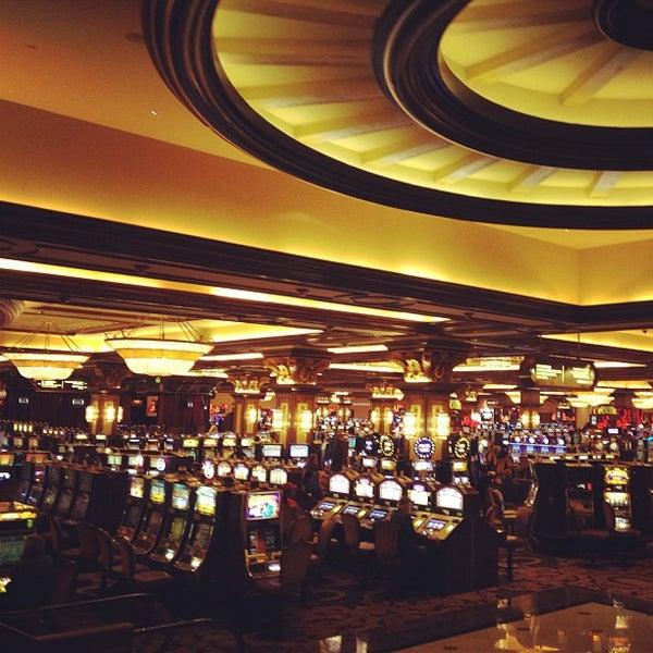 รูปภาพถ่ายที่ Horseshoe Hammond Casino โดย Erika B. เมื่อ 1/9/2013