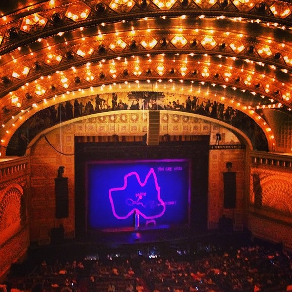 3/20/2013 tarihinde Dave M.ziyaretçi tarafından Auditorium Theatre'de çekilen fotoğraf