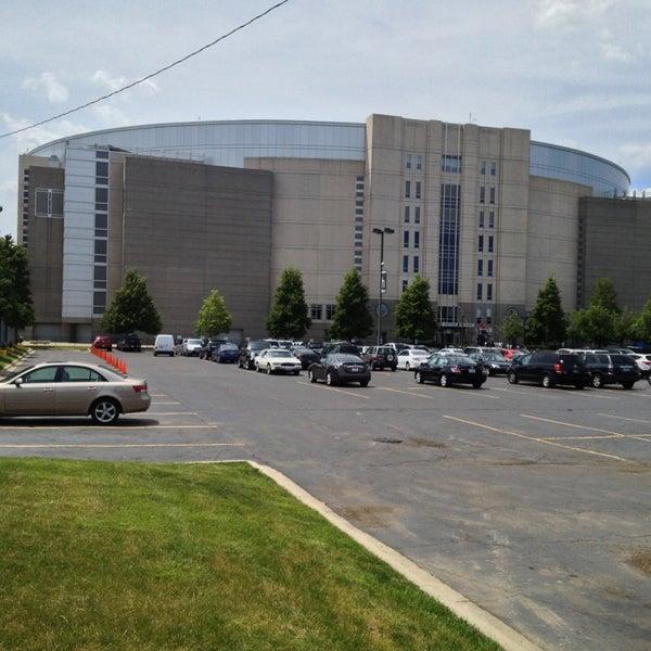 รูปภาพถ่ายที่ United Center โดย Anthony C. เมื่อ 6/17/2013