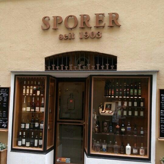 6/17/2016에 Jeremy N.님이 Sporer Likör- Punschmanufaktur seit 1903에서 찍은 사진