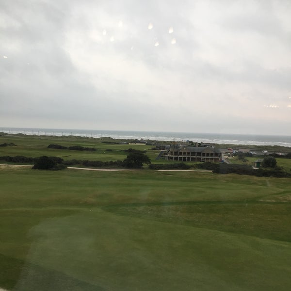 Foto tirada no(a) Old Course Hotel Golf Resort & Spa por Harald W. em 9/12/2015