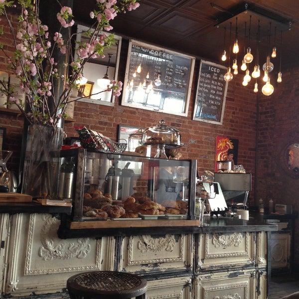 4/21/2013にBenoit S.がLenox Coffeeで撮った写真