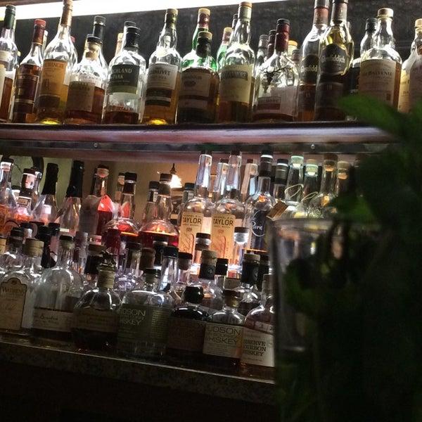 12/2/2014にTodd C.がThe Arvada Tavernで撮った写真