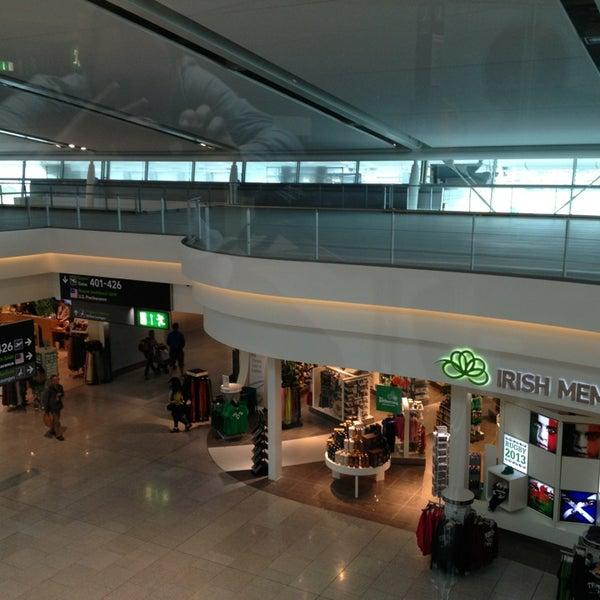 Снимок сделан в Дублинский аэропорт (DUB) пользователем Josef D. 6/22/2013