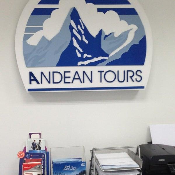 รูปภาพถ่ายที่ Andean Tours โดย Diego I. เมื่อ 5/29/2013