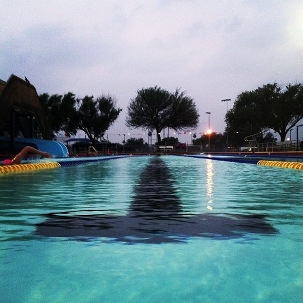 Mcallen Munil Pool