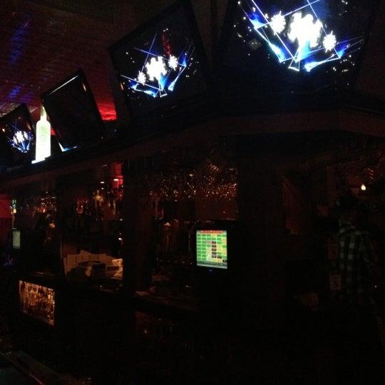 Foto diambil di San Jose Bar & Grill oleh Reina H. pada 11/10/2012