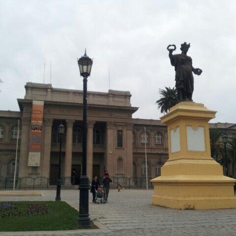 5/12/2013にEmerson B.がMuseo Nacional de Historia Naturalで撮った写真