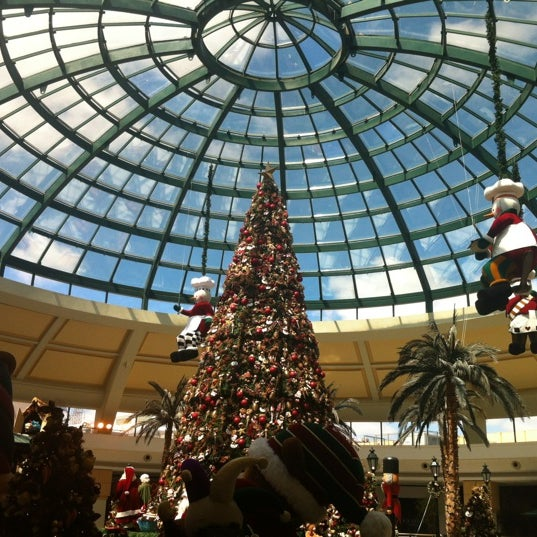 11/17/2012 tarihinde Leonardo I.ziyaretçi tarafından Shopping Iguatemi'de çekilen fotoğraf