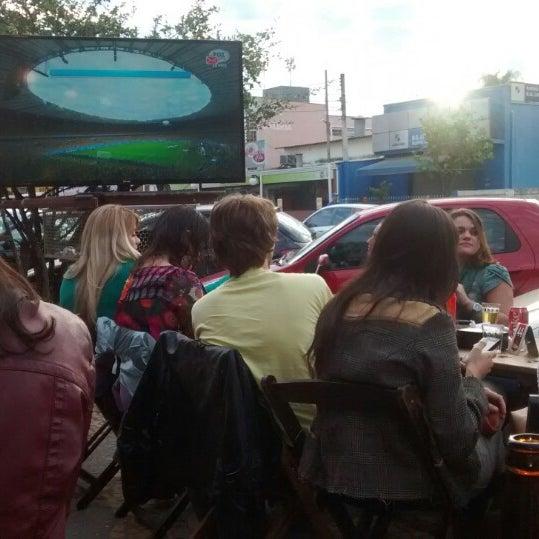 Foto tomada en Eskina Bar e Restaurante por Robson Peixoto S. el 7/8/2014