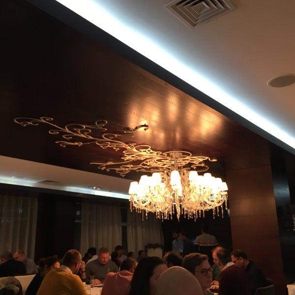 Das Foto wurde bei ORLY PARK Restaurant & Hotel von Aduílio S. am 10/24/2018 aufgenommen