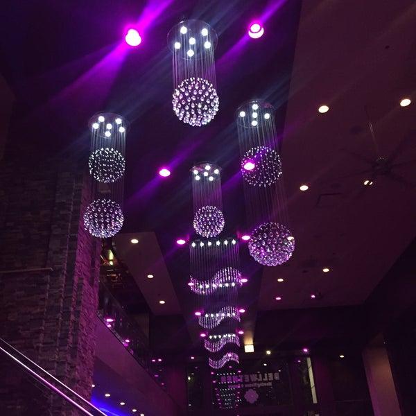 Das Foto wurde bei Bellwether Meeting House & Eatery von Najela M. am 8/21/2016 aufgenommen