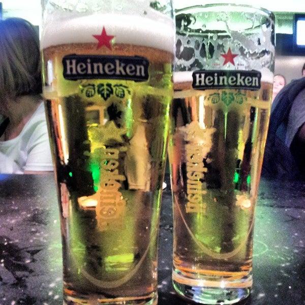 Das Foto wurde bei Heineken Experience von Gerardo F. am 7/16/2013 aufgenommen