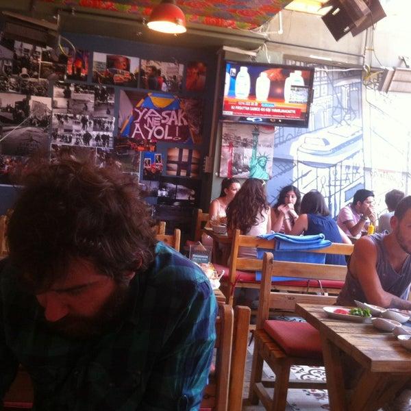 7/5/2013 tarihinde Martin P.ziyaretçi tarafından Social Pub'de çekilen fotoğraf