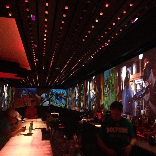 Foto tirada no(a) HaVen Gastro-Lounge por @steveGOgreen em 9/30/2013