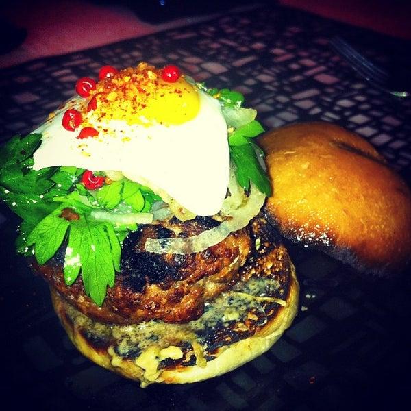 Foto tirada no(a) HaVen Gastro-Lounge por @steveGOgreen em 11/22/2012