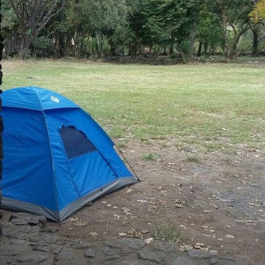 รูปภาพถ่ายที่ Campo Escuela Scout Meztitla โดย Shaila P. เมื่อ 1/3/2016