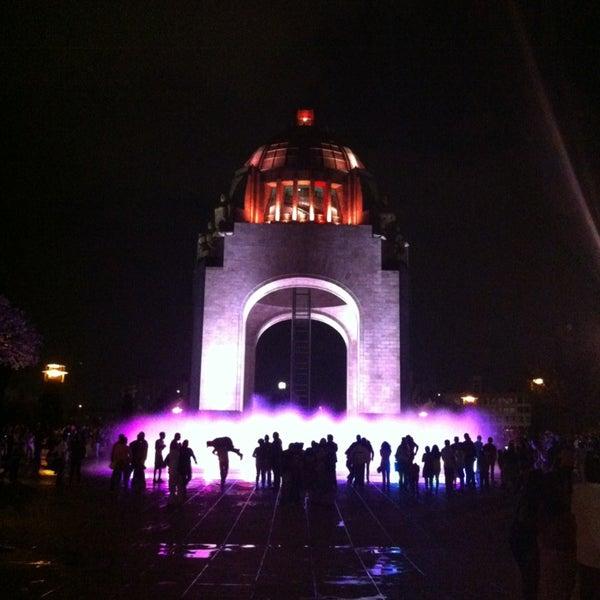 Foto tomada en Monumento a la Revolución Mexicana por Ignacio A. el 3/30/2013