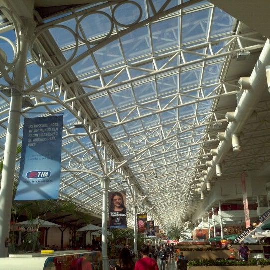 Foto diambil di Shopping Estação oleh Rodrigo S. pada 5/10/2013