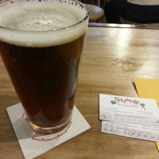 Das Foto wurde bei Strange Craft Beer Company von Erica B. am 11/23/2012 aufgenommen