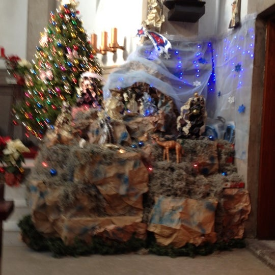 รูปภาพถ่ายที่ Museo de Cera โดย Rita A. เมื่อ 12/16/2012