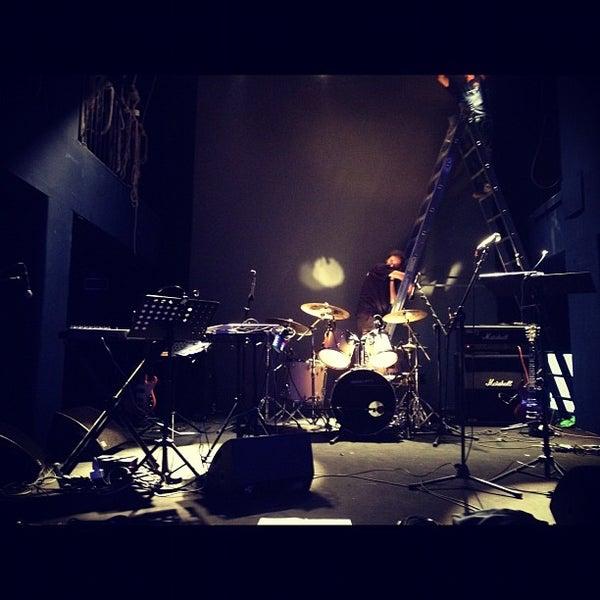 Снимок сделан в Teatro Franco Parenti пользователем daniel p. 9/16/2012