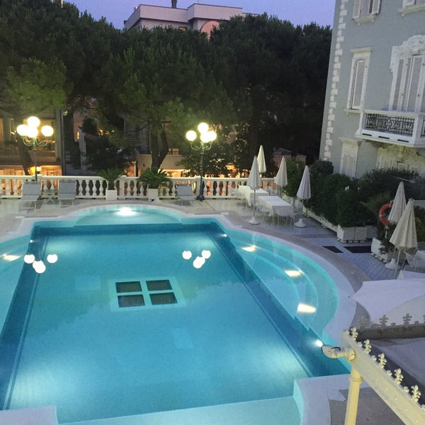 7/2/2015にКатрин М.がGrand Hotel Des Bainsで撮った写真