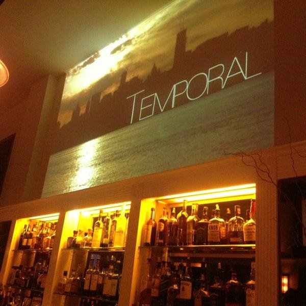 Снимок сделан в Le Midi Bar & Restaurant пользователем Jack K. 3/24/2013