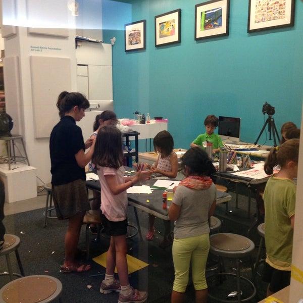 รูปภาพถ่ายที่ Children's Museum of the Arts โดย Vanessa Freire เมื่อ 7/24/2013