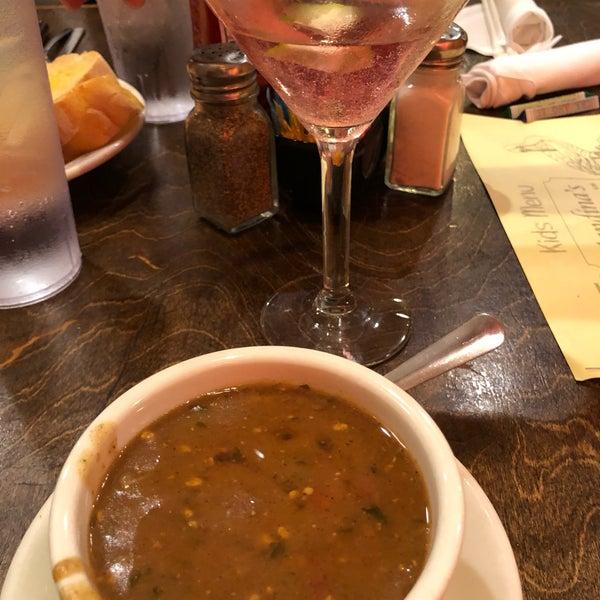 Photo taken at Mandina's Restaurant by Tdoe on 2/23/2019