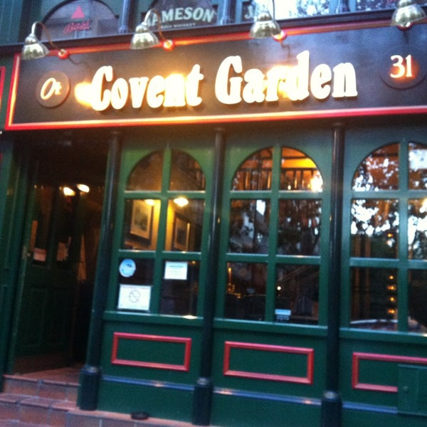 Photo prise au Covent Garden par Maribel G. le6/16/2013