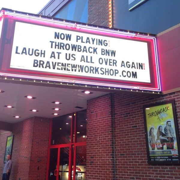 9/6/2015에 Laura v.님이 Brave New Workshop Comedy Theatre에서 찍은 사진