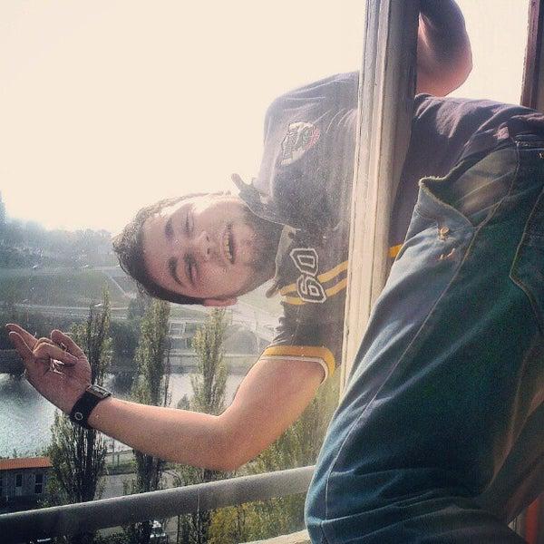 10/20/2012 tarihinde Дима P.ziyaretçi tarafından Готель «Славутич»  / Slavutych Hotel'de çekilen fotoğraf