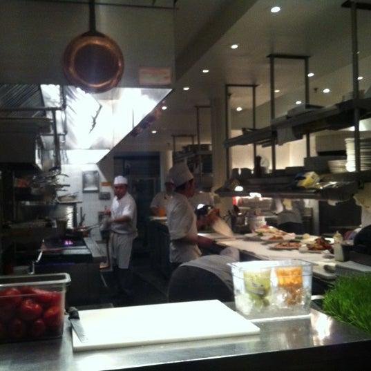 Foto tomada en Mercer Kitchen por Carl W. el 3/12/2013