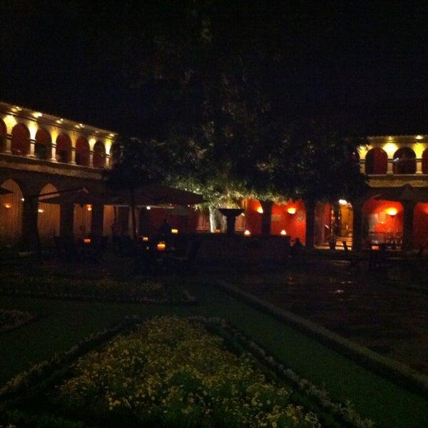 Foto diambil di Belmond Hotel Monasterio oleh Ivette M. pada 3/27/2013