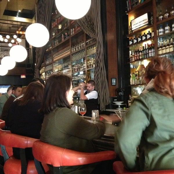 2/27/2013에 Adam S.님이 The Misfit Restaurant + Bar에서 찍은 사진
